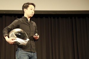 Borderless Inc. CEO Arata Oono with the Cross Helmet