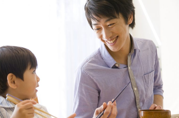 According to a recent Rakuten Research survey on Father's Day in japan however, we may be missing the mark when it comes to the gifts we give.