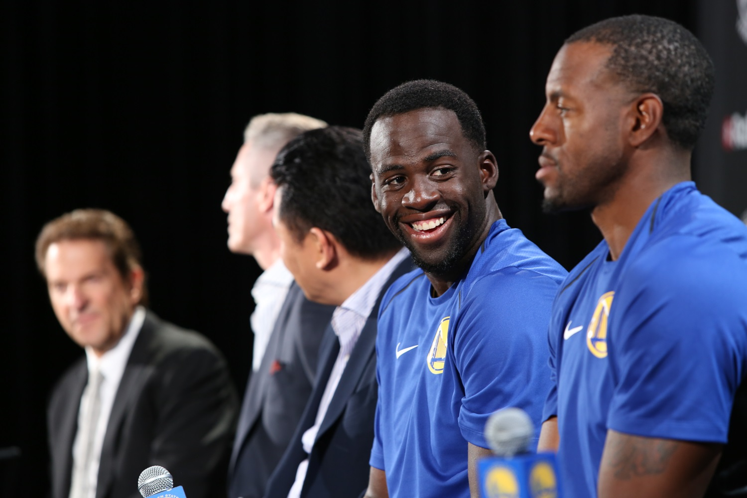 Rakuten and the Warriors have a ball at partnership announcement