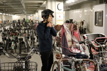 Thanks to the country's world-class rail system, and perhaps traditional Japanese corporate culture, bicycle commuting is still relatively uncommon in Tokyo