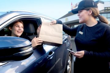 The Rakuten Group's newest member Curbside Is an exciting mix of online-to-offline, mobile commerce and same-day delivery.