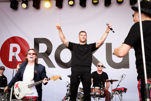 Lukas Podolski, Rakuten and 20,000 fans celebrate the World Cup in Cologne