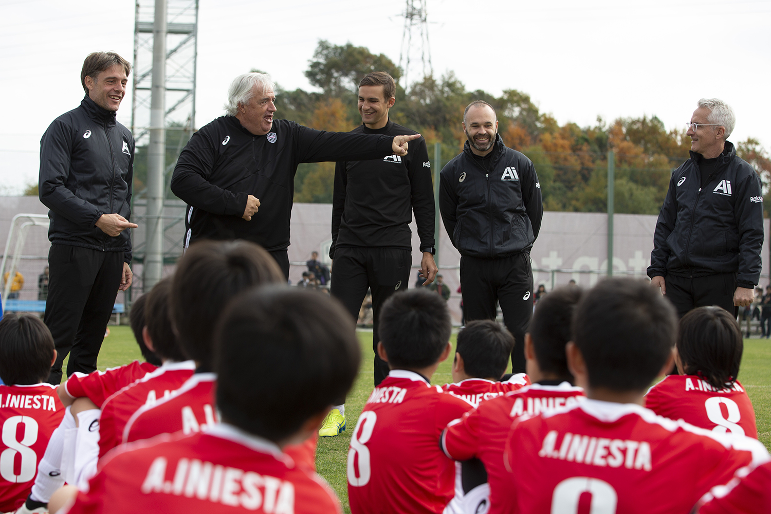 Emili Ricart (far right) was joined by Iniesta's Methodology camp coaches Marcos Vives, Top Team Assistant Coach, Vissel Kobe (far left), and Albert Benaiges, Academy Advisor, Vissel Kobe (second from left), as well as Iniesta himself.