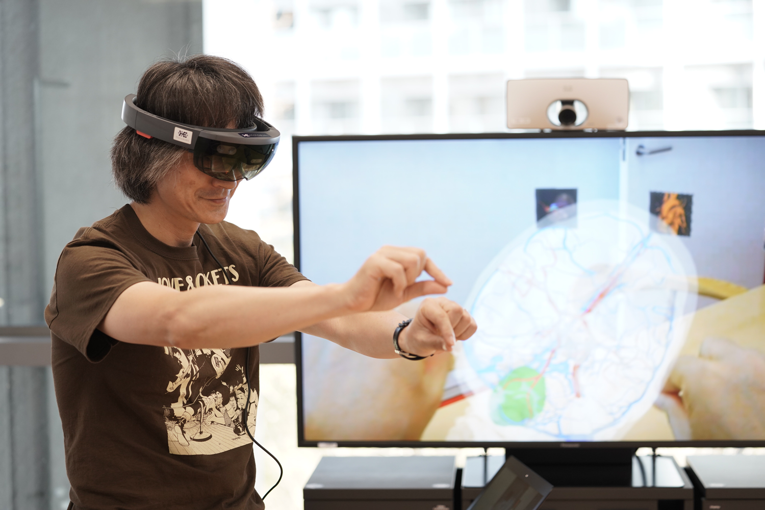 VR surgery is becoming a reality, thanks to Holoeyes: Naoji