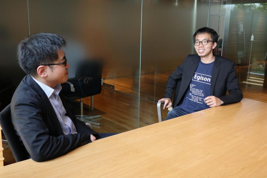 Global Head of RIT Masaya Mori (left) with Satoshi Egi.