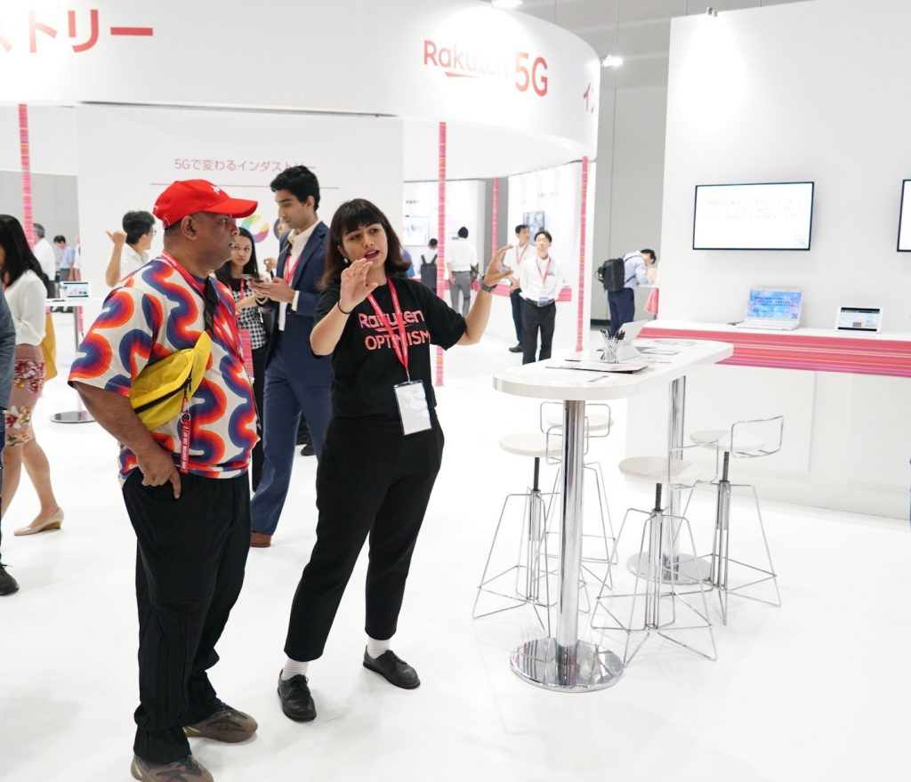 The 5G tech area not only attracted conference attendees — it drew speakers as well. AirAsia Group CEO Tony Fernandes, who shared the stage with Rakuten CEO Mickey Mikitani on day two of the event, dropped by several of the techiest booths to learn more about how the company is leveraging cutting edge technology to empower its members.